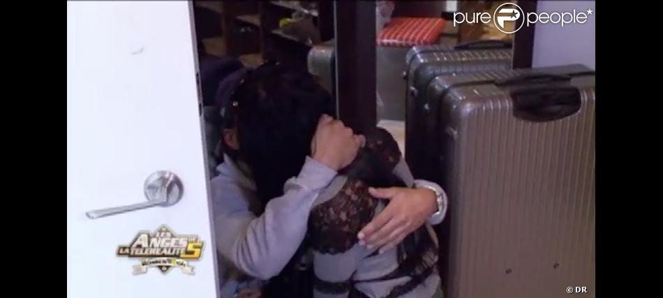 Thomas et Nabilla se réconcilient dans Les Anges de la télé-réalité 5, lundi 3 juin 2013 sur NRJ12