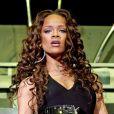 Rihanna assure la première partie des Pussycat Dolls à la Cardiff International Arena. Cardiff, janvier 2007.