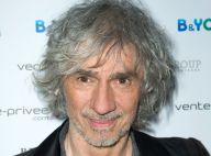 Louis Bertignac : Blessé au poignet, le juré de The Voice annule un concert