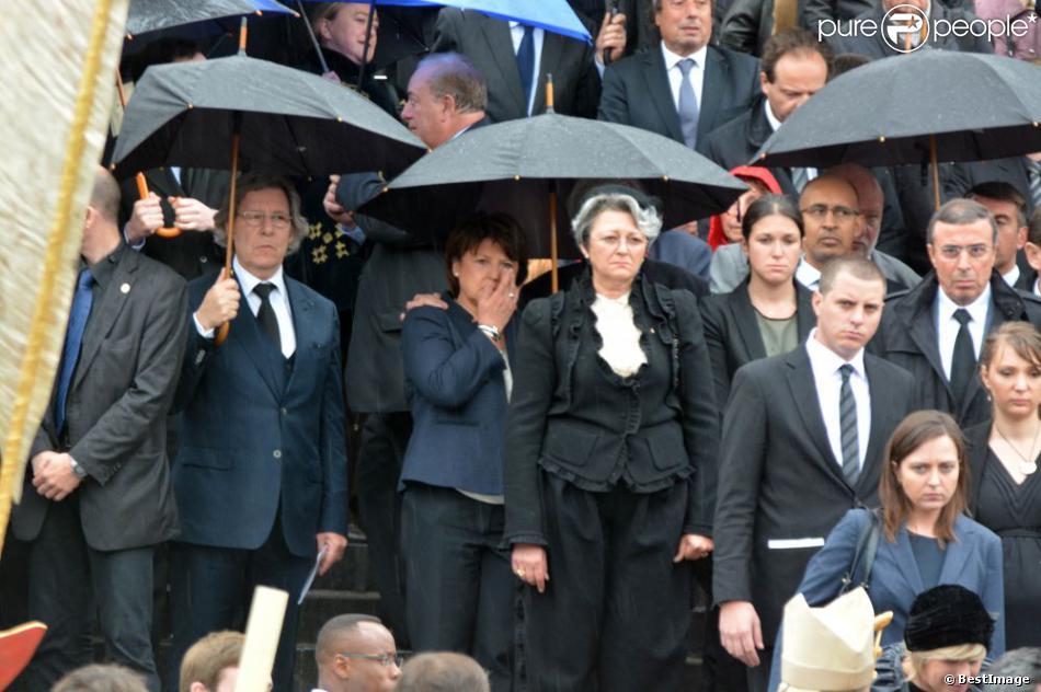 Martine Aubry en larmes lors de l'hommage rendu à Pierre Mauroy à Lille, le 13 juin 2013.