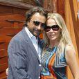 Henri Leconte et sa femme Florentine lors du 3e jour des Internationaux de Roland-Garros le 29 mai 2012
