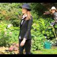 """Image extraite du clip de Carla Bruni, """"Le Pingouin"""", juin 2013."""