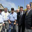 Bernard Hinault, Eddy Merckx, Jean-Paul Belmondo, Christian Estrosi (maire de Nice) et le Prince Albert II de Monaco - Quatrième étape du Tour de France, le 2 juillet 2013 à Nice.