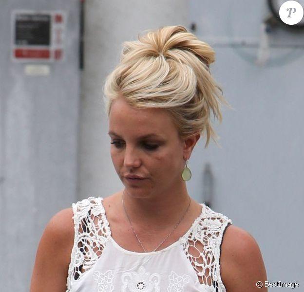 Britney Spears fait du shopping, le vendredi 4 juillet 2013 à Beverly Hills.