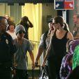 """L'actrice Angelina Jolie et ses fils Pax et Maddox lors de leur arrivée à l'aéroport international d'Honolulu. Toute la famille d'Angelina Jolie devrait la rejoindre le temps de la durée du tournage de son nouveau film """"Unbroken"""", qui se déroulera sur l'île d'Oahu à Hawaï. Photo prise le 7 juillet 2013."""