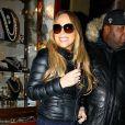 Mariah Carey fait du shopping lors de ses vacances à Aspen, le 23 décembre 2012.
