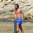 Andrea Pirlo en vacances à Ibiza le 10 juillet 2013 avec sa femme Deborah et quelques amis.