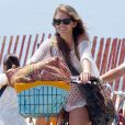 AnnaLynne McCord s'est offert une belle journée à la plage à Los Angeles, le 16 juillet 2013