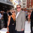 Tom Wilkinson et Diana Hardcastle à l'avant-première de Lone Ranger à Londres le 21 juillet 2013.
