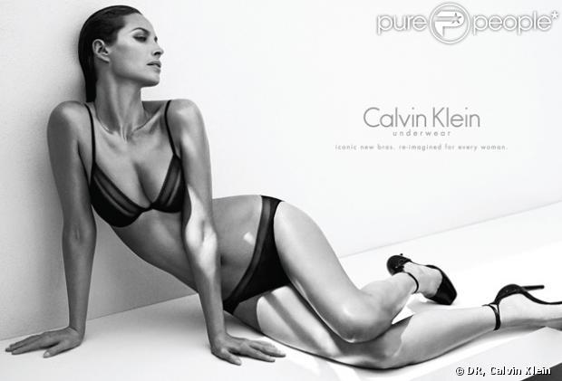 Christy Turlington dans la campagne Calvin Klein automne hiver 2013