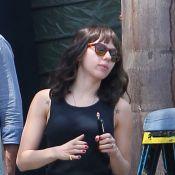 Scarlett Johansson transformée en brune : elle aime les changements capillaires