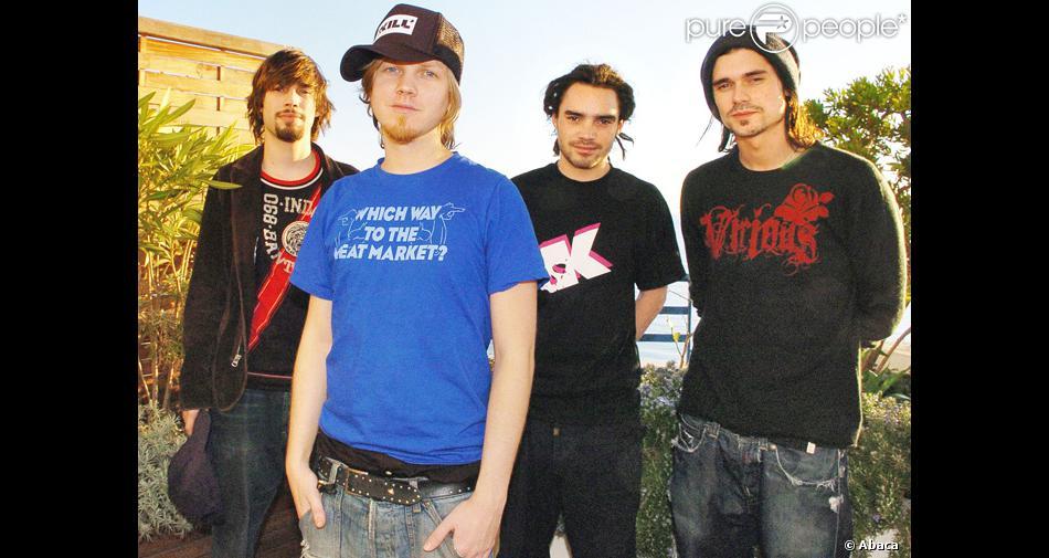 Le groupe pop/rock Kyo en 2004.