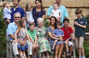 Royaux de Danemark : Balançoire, cache-cache, le bonheur des enfants à Grasten