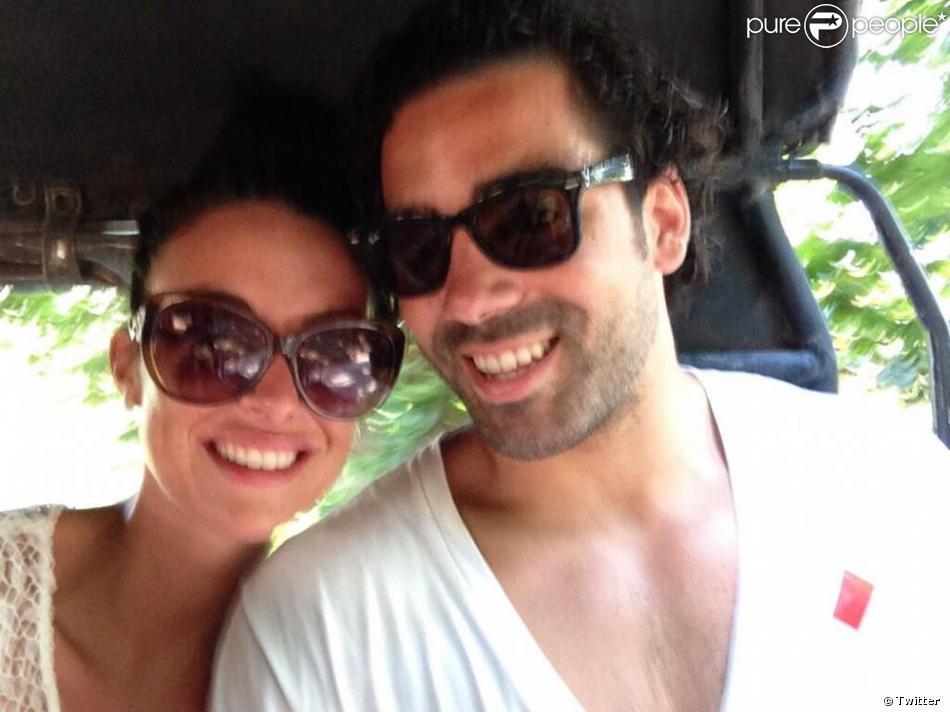 Yoann Huget et son épouse Fanny Veyrac, amoureux en Thaïlande lors de leur voyage de noces en juillet 2013