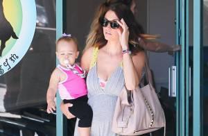Lisa Osbourne, enceinte : Sortie avec Pearl, 1 an, et premières rondeurs...