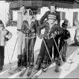 Beatrix et Claus des Pays-Bas au ski avec leurs fils à Lech, en Autriche, en 1979 ; 33 ans plus tard, Friso y sera pris dans une avalanche, tombera dans le coma. Il ne s'en réveillera pas. Fils cadet de la princesse Beatrix, le prince Friso est mort le 12 août 2013 à 44 ans à La Haye, un an et demi après avoir sombré dans le coma suite à un accident de ski survenu en Autriche le 17 février 2012.