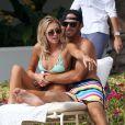 Paulina Gretzky et Dustin Johnson à Hawaï en janvier 2013. Le couple s'est fiancé le 18 août 2013.