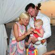 Tori Spelling et son mari Dean McDermott,avec leurs enfants Stella, Hattie et Finn pour le 40e anniversaire de l'actrice, au St Regis Punta Mita Resort de Punta Mita, au Mexique, le 20 mai 2013.