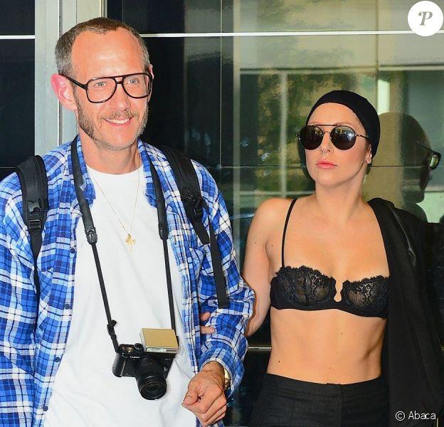 Lady Gaga et Terry Richardson à la sortie d'un studio new-yorkais, le 24 août 2013.