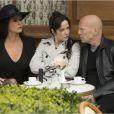 Catherine Zeta-Jones, Mary-Louise Parker et Bruce Willis dans Red 2