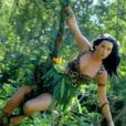 Katy Perry en reine de la jungle dans le clip de Roar.