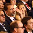 Le prince Felipe et la princesse Letizia d'Espagne au Teatro Colon à Buenos Aires le 6 septembre 2013 pour la soirée d'ouverture de la 125e session du CIO, qui doit désigner la ville hôte des JO 2020.