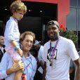 John Elkann et son fils Oceano au côté de Kevin Durant dans les travées du Grand Prix d'Italie à Monza, le 8 septembre 2013