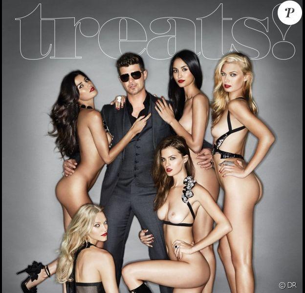 Robin Thicke en couverture du magazine Treats, entouré de femmes entièrement nues, publié en septembre 2013.