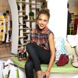 Jessica Alba a joué à la styliste dans un showroom Piperlime à New York le 11 septembre 2013.
