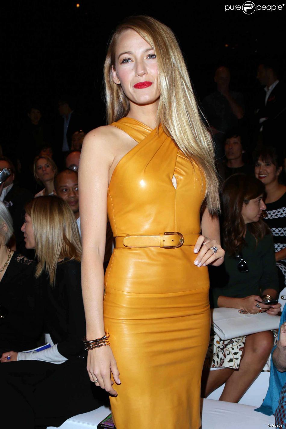 La charmante comédienne Blake Lively a fait sensation au premier rang du défilé Gucci à Milan le 18 septembre 2013