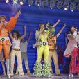 La troupe de MAMMA MIA ! (sur la scène du Palais des Sports) célèbre avec le public le millionième spectateur de l'incontournable comédie musciale. Paris le 20 septembre 2013.