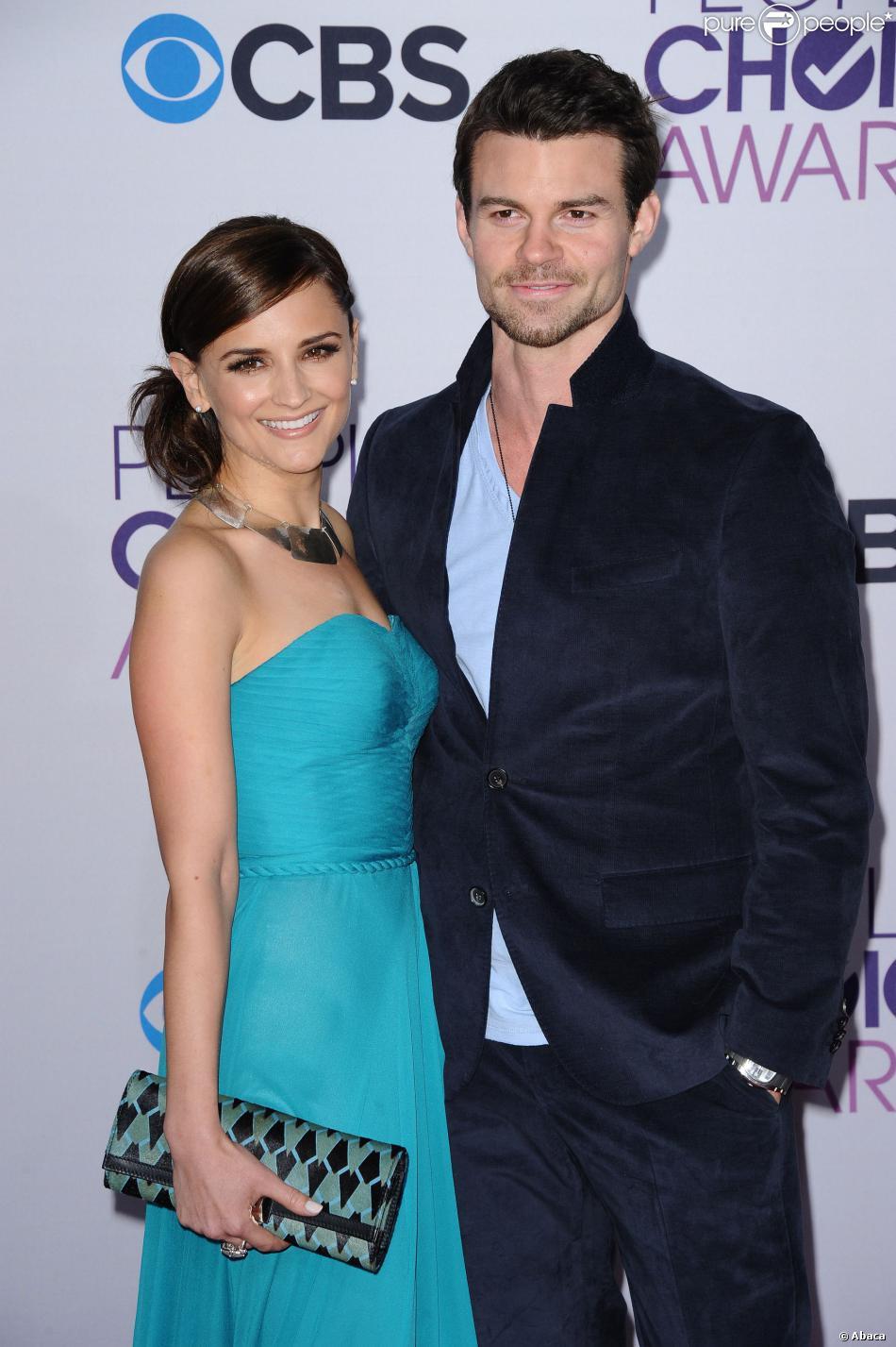 Daniel Gillies et Rachael Leigh Cook lors des People's Choice Awards à Los Angeles le 9 janvier 2013