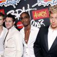 Blue aux Brit Awards le 20 février 2003.