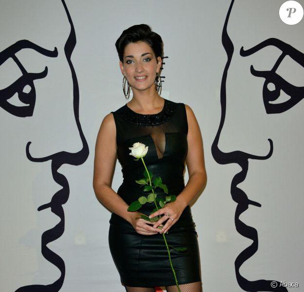 """Sheryfa Luna lors du 20e gala annuel de charité """"Faire Face"""" organisé à l'Opéra d'Avignon, le 12 octobre 2013."""