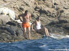 PHOTOS : Carla et Nicolas Sarkozy : pause baignade... en maillot bien sûr !