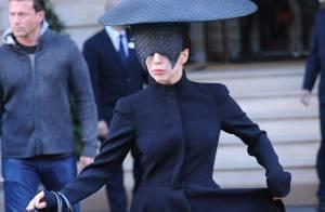 Lady Gaga en deuil change de look : La star pleure la mort d'Alice, son chien