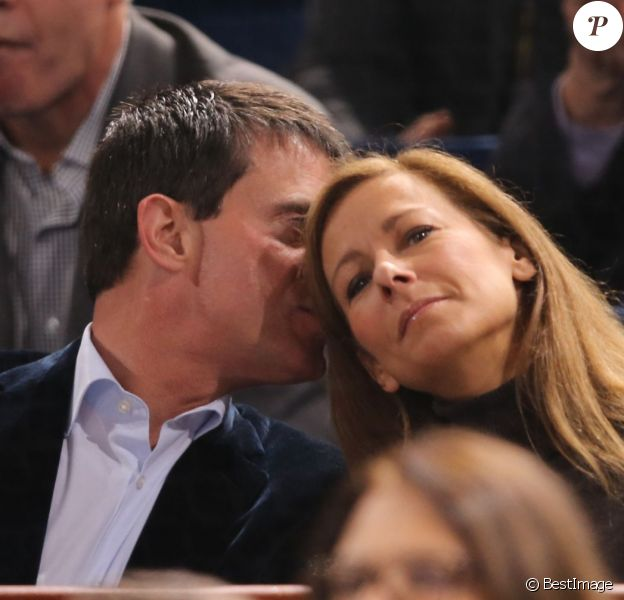 Manuel Valls et Anne Gravoin au BNP Paribas Masters de Paris-Bercy le 1er novembre 2013, spectateurs notamment du quart de finale Djokovic-Wawrinka.