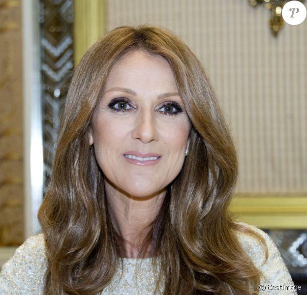 """Céline Dion fait la promotion de son nouvel album """"Loved me back to life"""" en conférence de presse à New York, le 26 octobre 2013."""