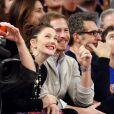 Drew Barrymore et son mari Will Kopelman lors d'un match des New York Knicks contre les Chicago Bulls à New York le 11 janvier 2013