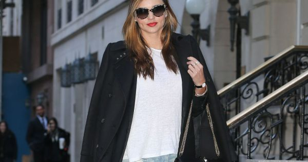 miranda kerr surprise dans le quartier de l 39 upper east. Black Bedroom Furniture Sets. Home Design Ideas