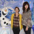 Anne Marivin et Daphné Bürki découvrent le Noël Enchanté des parcs Disneyland Paris, à Marne-la-Vallée, le 9 novembre 2013.