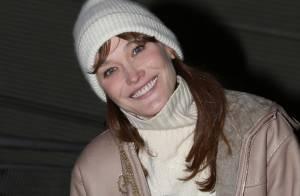 Carla Bruni : Grand sourire après son concert devant sa meilleure amie
