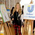 Fergie fait de la peinture pour le projet Unilever Sunlight au Solar Studios de Glendale. A Los Angeles, le 20 novembre 2013.