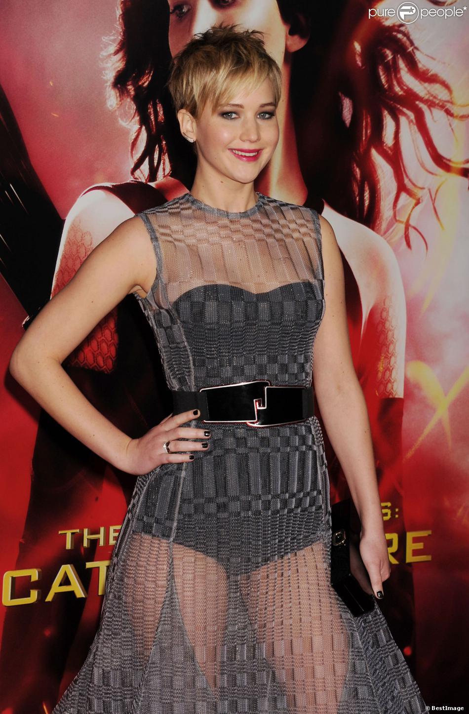 Jennifer Lawrence en Dior à Los Angeles, le 18 novembre 2013.