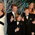 Jon Bon Jovi en famille à l'ocassion du second Winter Whites Gala de Centrepoint qui se tenait au palais de Kensington à Londres, le 26 novembre 2013.