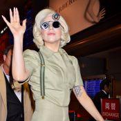 Lady Gaga et son papa au Japon : Des fans en délire et de drôles de poupées