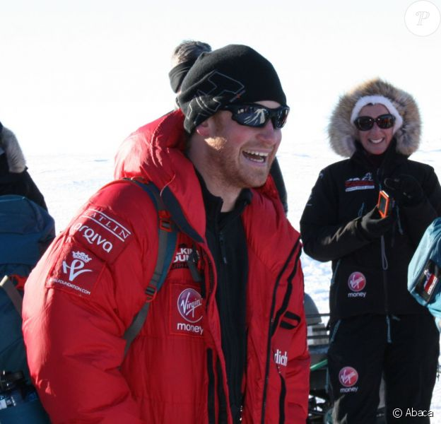 Le prince Harry en Antarctique le 27 novembre 2013, durant la phase d'acclimatation à la base de Novo avant de disputer le trek South Pole Allied Challenge.