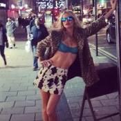 Poppy Delevingne : Sexy pour son enterrement de vie de jeune fille
