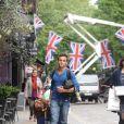 Tom Daley arrive à son hôtel à Londres, le 21 mai 2012