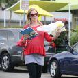 Exclusif - Emily Blunt, enceinte, a déjeuné au restaurant Lemonade avec des amis et son mari John Krasinski à West Hollywood. Los Angeles, le 3 décembre 2013.